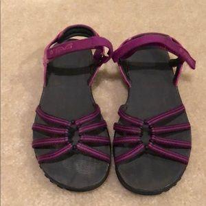Gently used Women's Merrell sandals